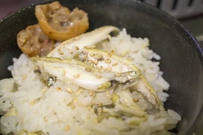ワカサギの炊き込みご飯